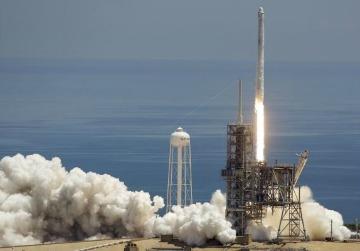 SpaceX lanzó una supercomputadora al espacio