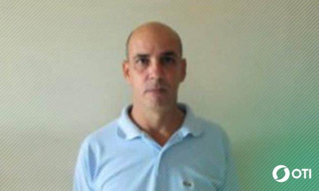 El régimen de Cuba impide salir del país a un director del Instituto Cubano de Libertad de Expresión y Prensa
