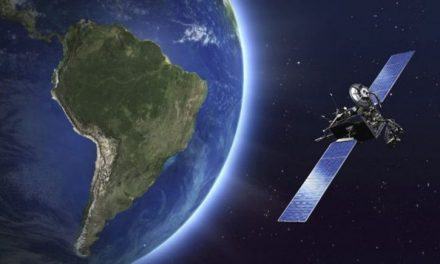 Lanzarán al espacio dos cohetes que brindarán acceso a internet